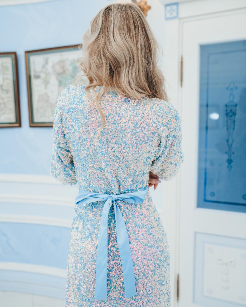 BLUE SEQUIN STRETCHY MAXI DRESS