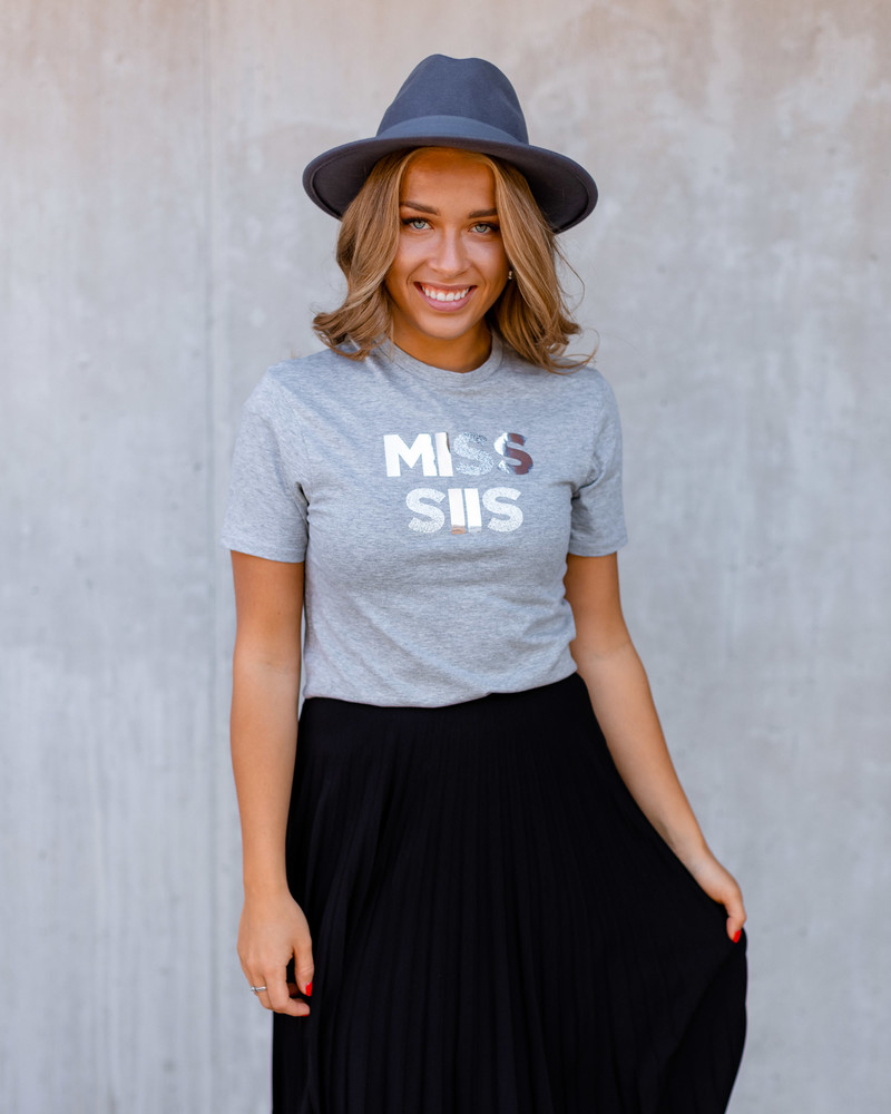 GREY SPARKLE SILVER MISS SIIS PRINT T-SHIRT
