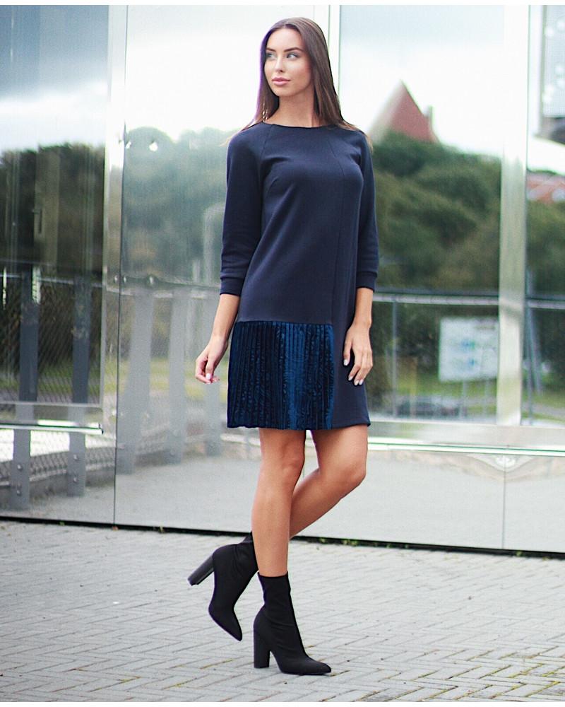 NAVY BLUE TWAIN PLEATED DRESS