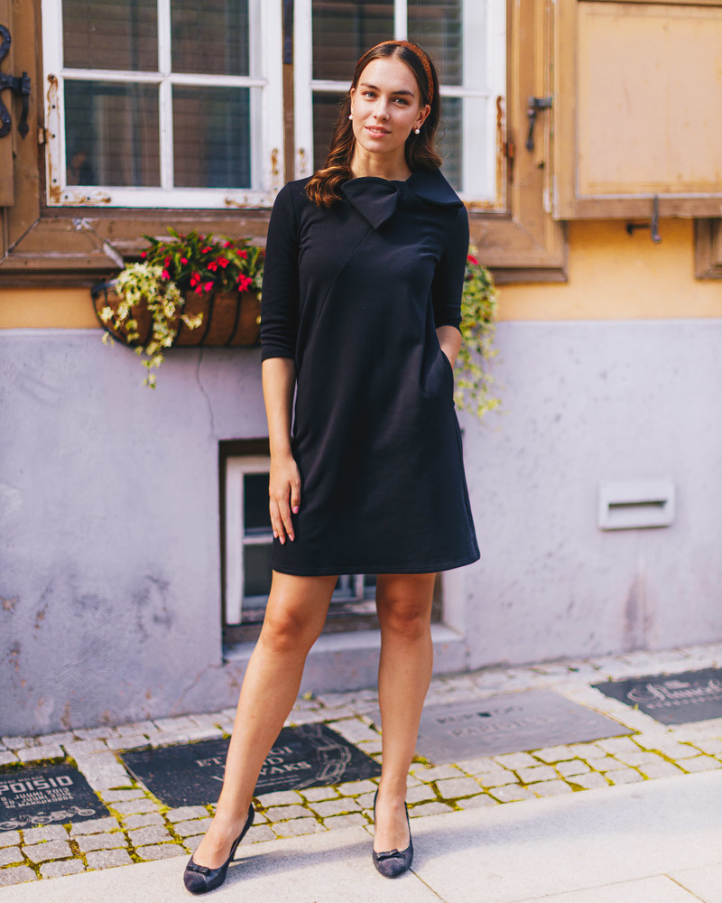 BLACK BOW SHORT SLEEVES DRESS