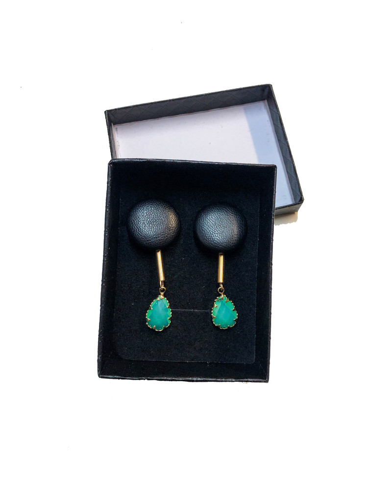DROP TURQUOISE STONE BLACK LEATHER EARRINGS