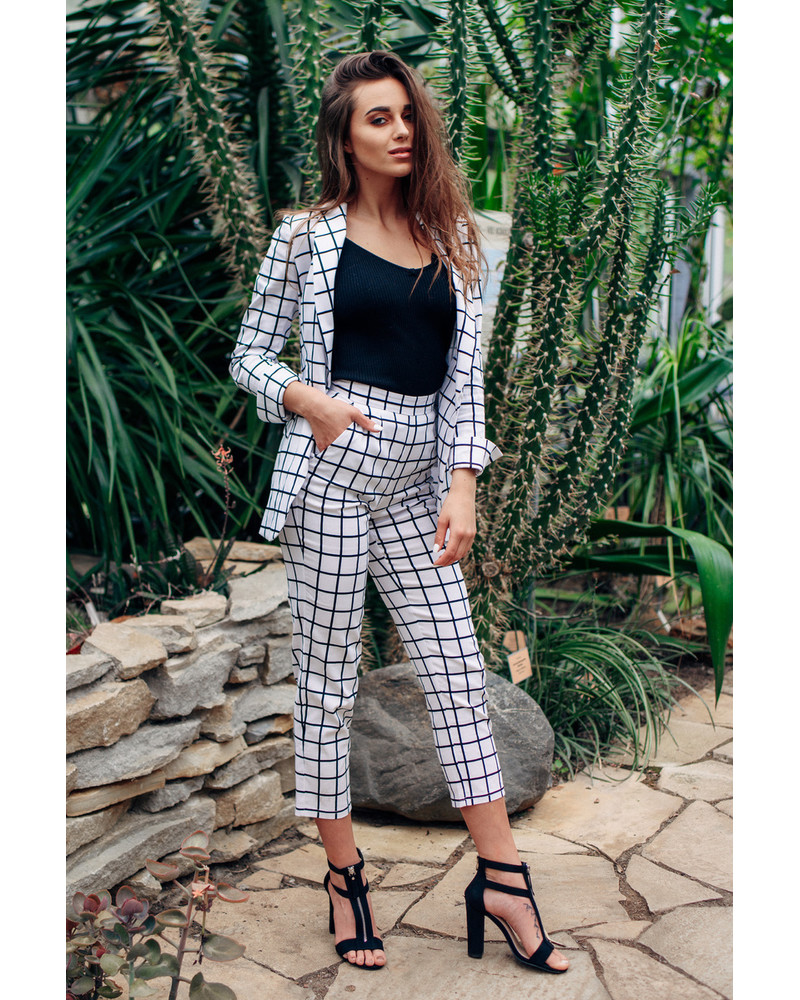WHITE BLACK chequered SUIT