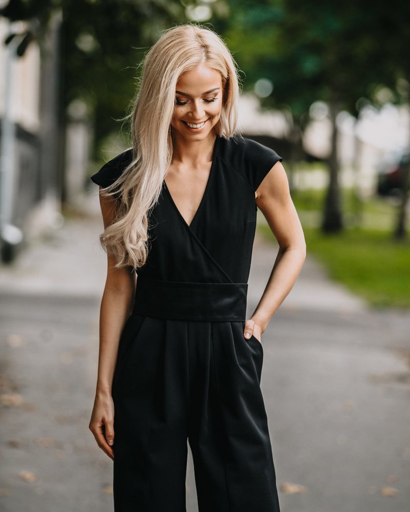 CHIC WRAP RAGLAN JUMPSUIT BLACK