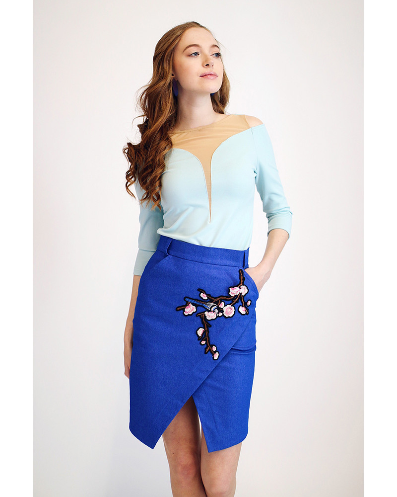 Diagonal Slit mini skirt