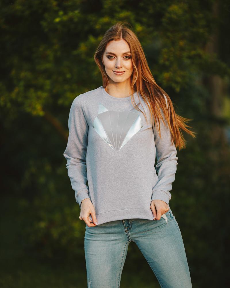 SILVER FOX PRINT SWEATER LIGHT GREY