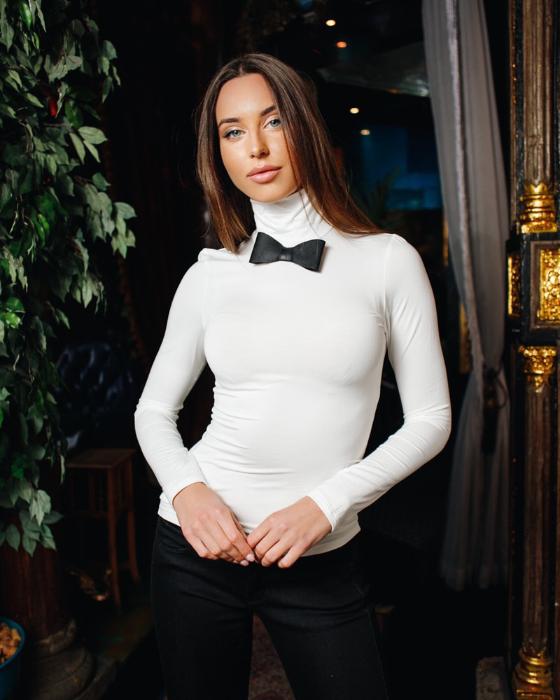 LEATHER BOW PULLOVER WHITE