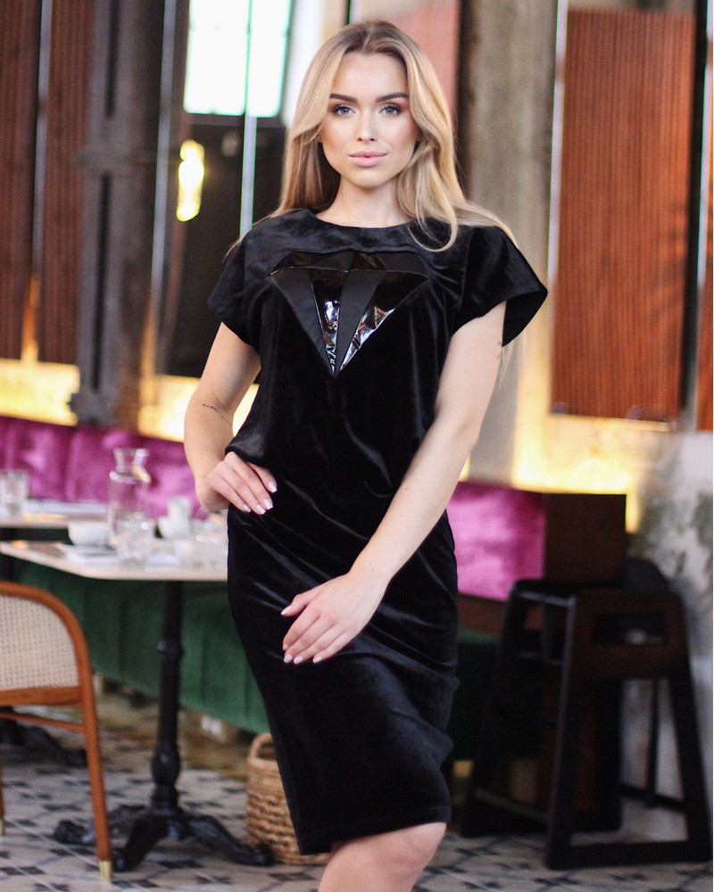 BLACK VELVET DIAMOND DRESS