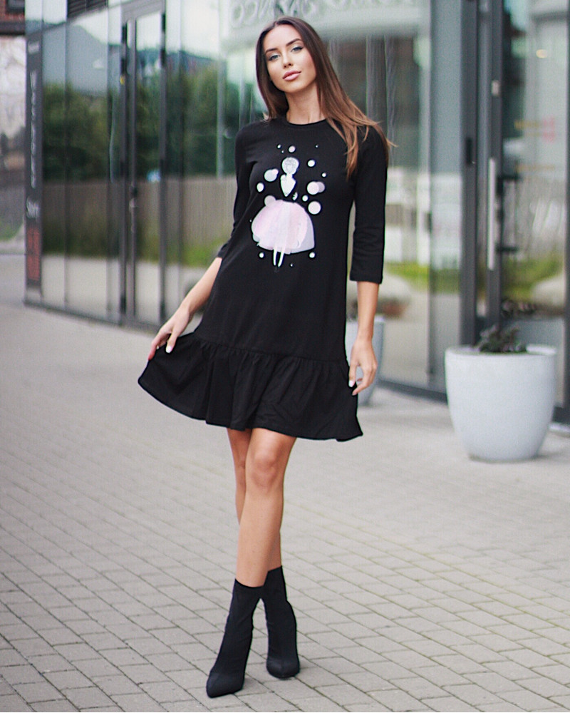 BLACK PINK GIRL PRINT DRESS