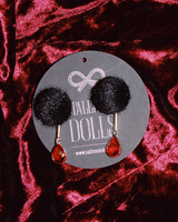 BLACK FUR RED DETAIL EARRINGS