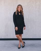 BLACK DOLLABLE SWEATER
