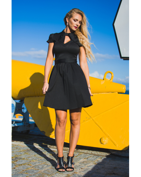 BLACK DOLLABLE DRESS