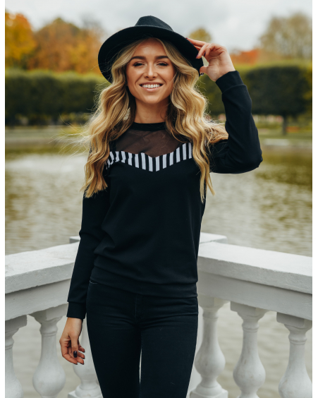 BLACK WHITE STRIPE NET SWEATER
