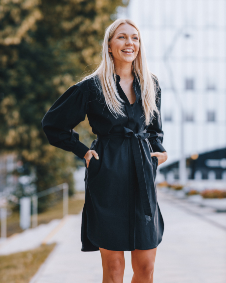 BELTED BLACK DENIM DRESS WITH PUFFED SLEEVES