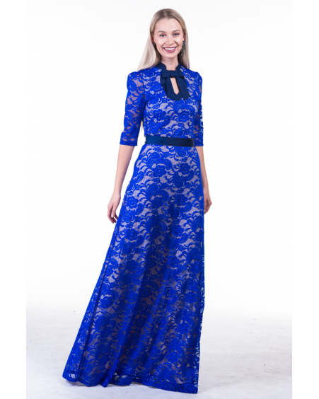 BLUE DOLLABLE LACE MAXI DRESS
