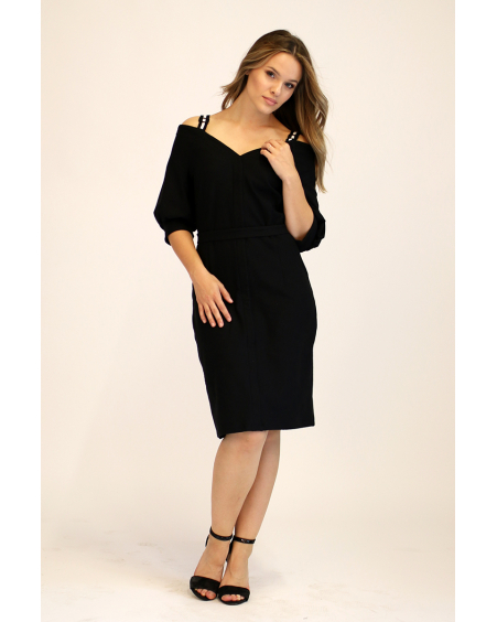 BLACK WIDE V-NECK DRESS
