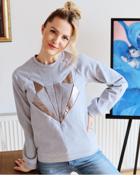 GREY SILVER GLOW FOX SWEATER