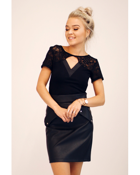 BLACK LACE TRIANGLE TOP