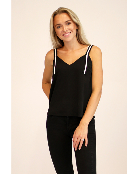 BLACK V-NECK BUCKLE STRIPE TOP