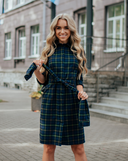 BOYFRIEND SQUARE DRESS