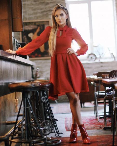 DOLLABLE RED CHIFFON DRESS