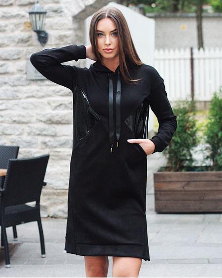 TRIANGLE HOODED DRESS LATEX BLACK