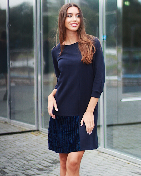 NAVY BLUE TWAIN PLEATED DRESS