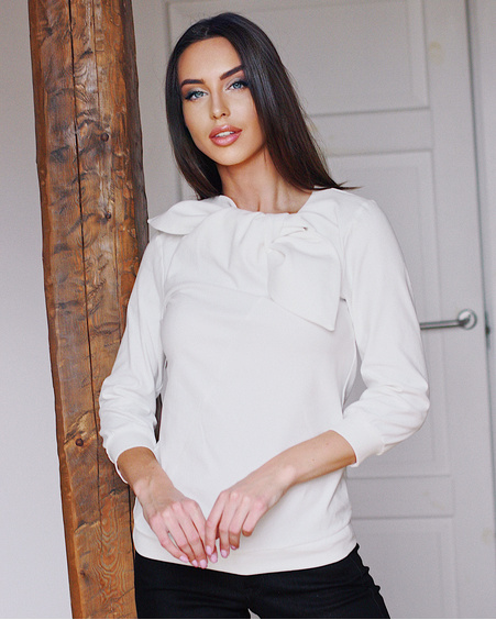 WHITE BOW BINDED QUARTER SWEATER