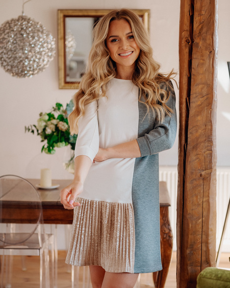 WHITE & GREY TWAIN PLEATED DRESS